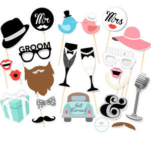 Just married photobooth prop set