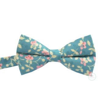 Floral Bow Tie in Blue image