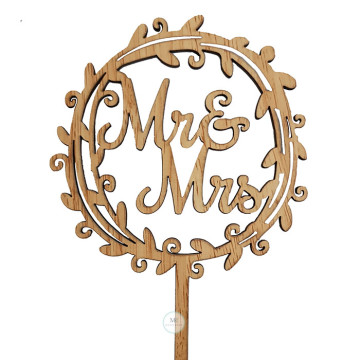 Mr and Mrs Wreath Cake topper image